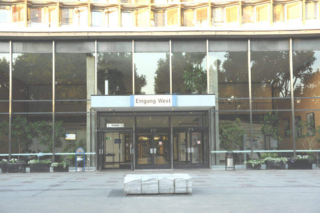 Eingang West